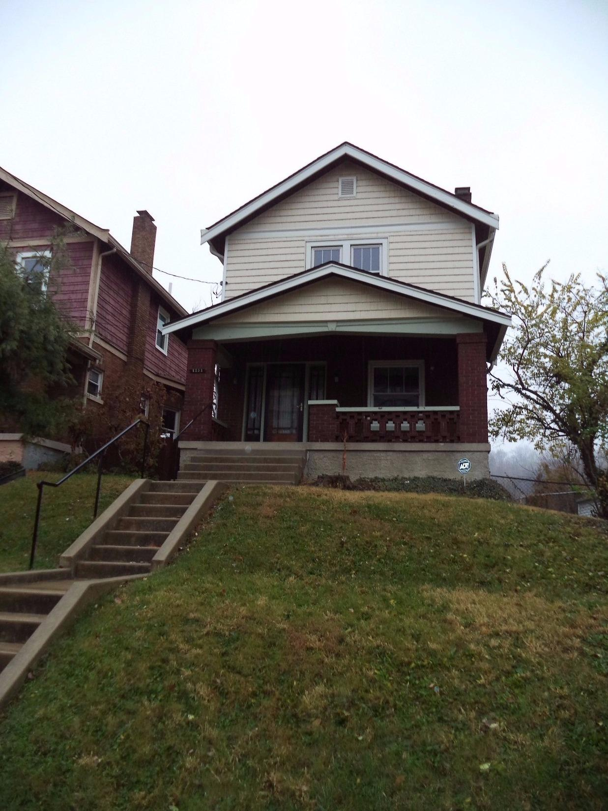 real estate photo 1 for 1211 Highway Ave Covington, KY 41011