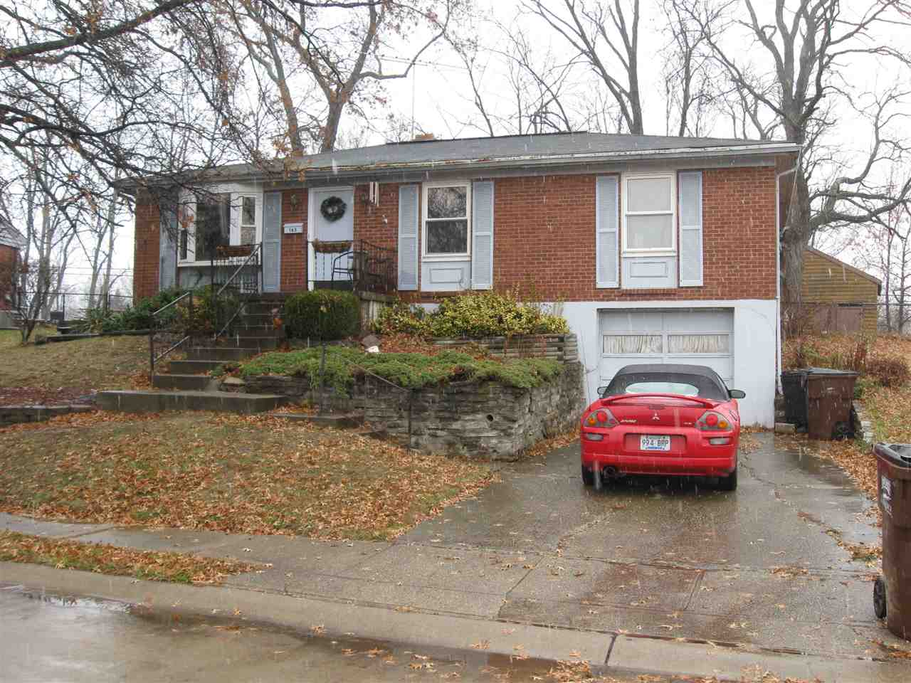 real estate photo 1 for 163 Raintree Rd Florence, KY 41042