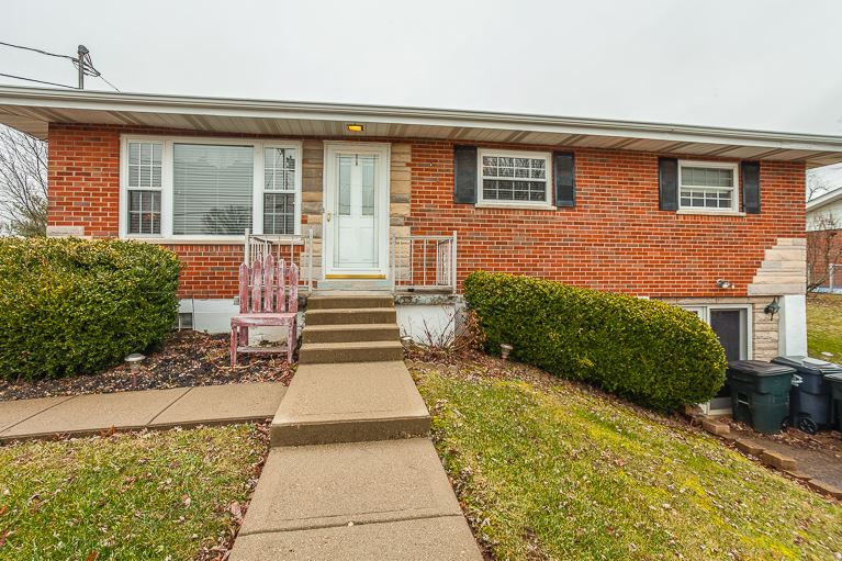real estate photo 1 for 9092 Oak Ln Alexandria, KY 41001