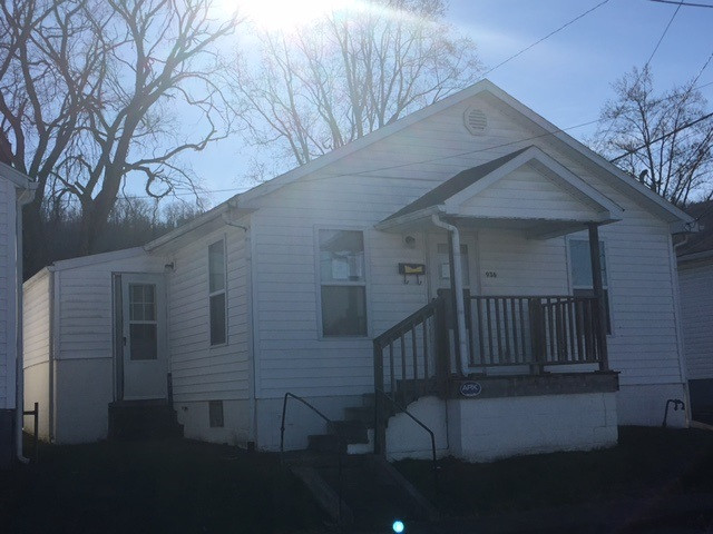 real estate photo 1 for 936 E Fifth Maysville, KY 41056