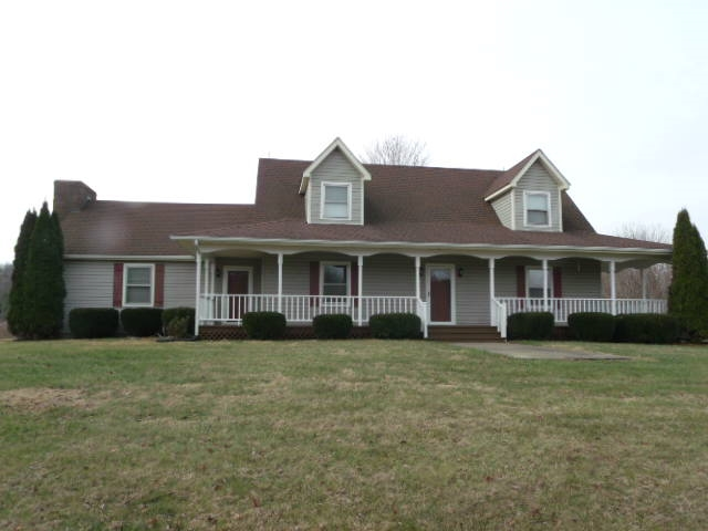 1540 Pike Stamping Ground, KY
