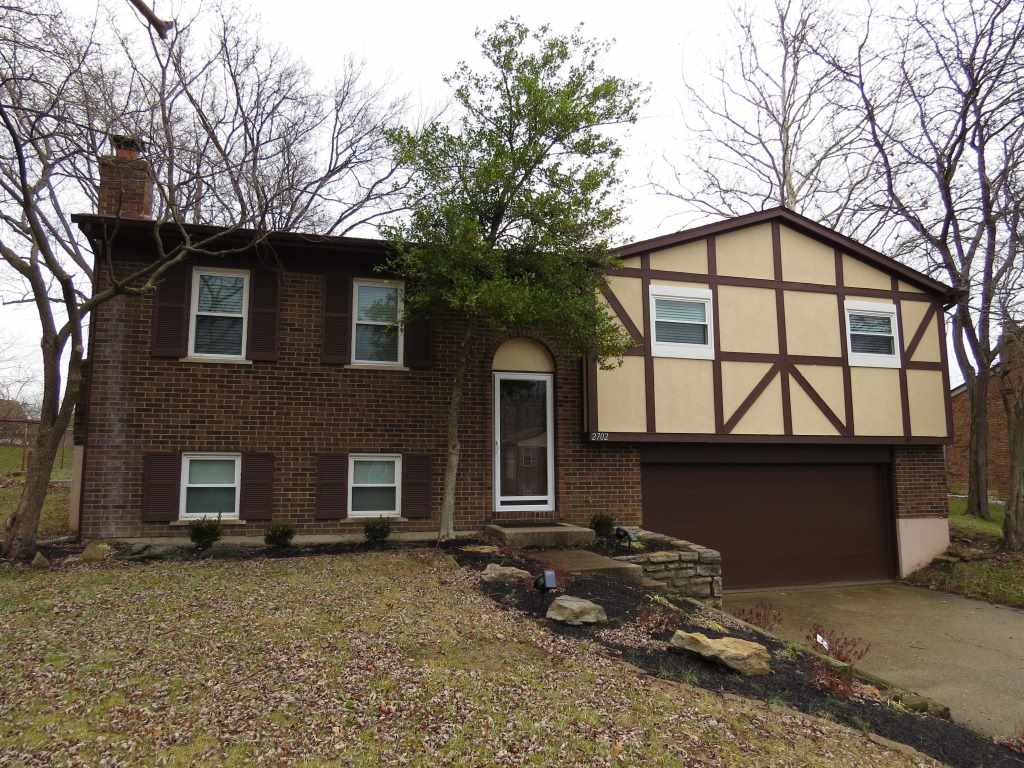real estate photo 1 for 2702 Vera Cruz Dr Villa Hills, KY 41017