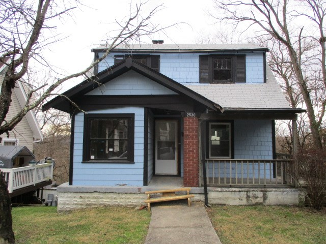 real estate photo 1 for 2530 Warren St Covington, KY 41014