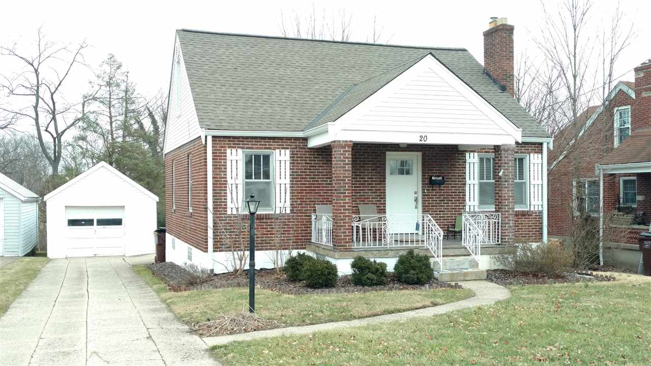 real estate photo 1 for 20 Sanders Florence, KY 41042