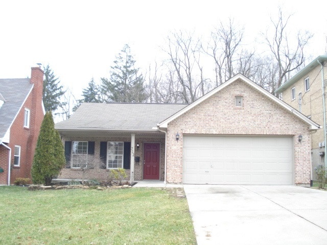 real estate photo 1 for 712 St. Joseph Ln Park Hills, KY 41011