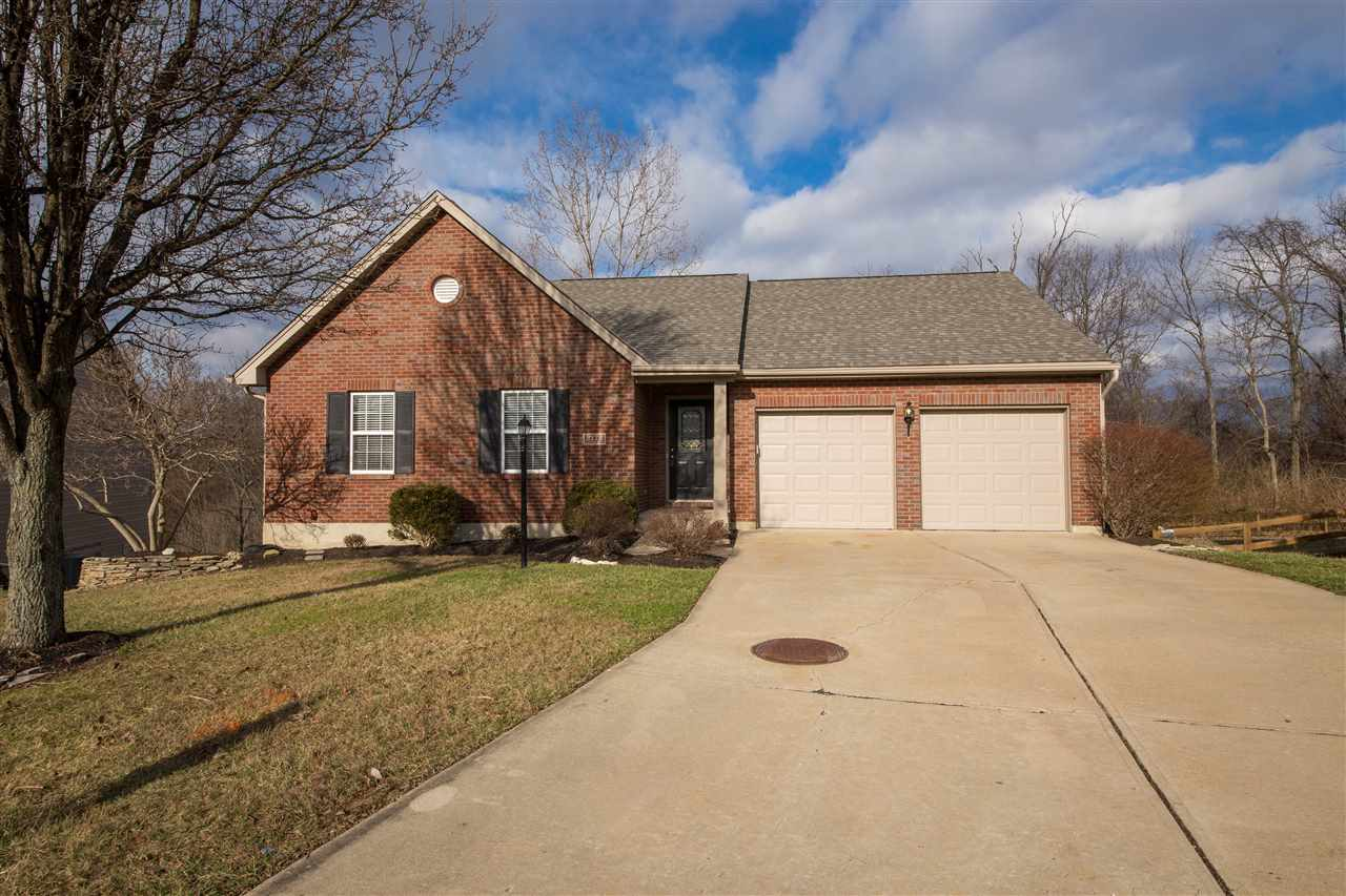 real estate photo 1 for 2172 Glenview Dr Hebron, KY 41048