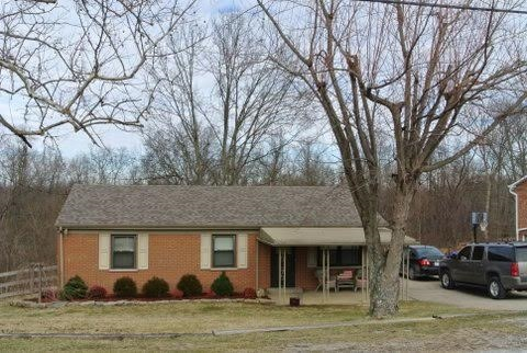 real estate photo 1 for 3890 Stewart Dr Ryland Heights, KY 41015
