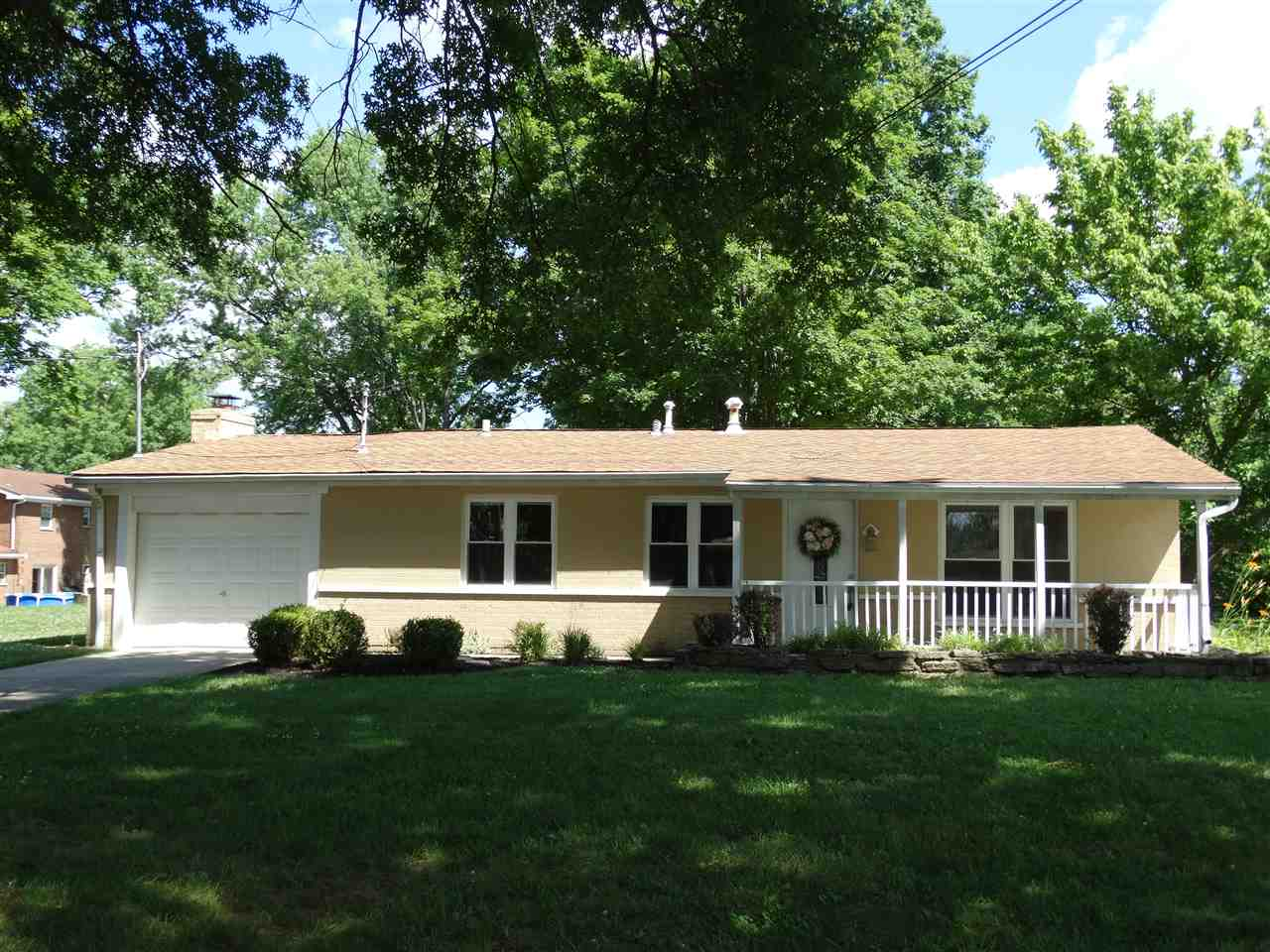 real estate photo 1 for 2516 Ann St Villa Hills, KY 41017