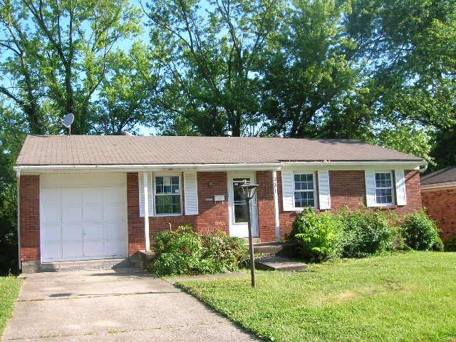 Photo 1 for 131 Berkley Dr Elsmere, KY 41042