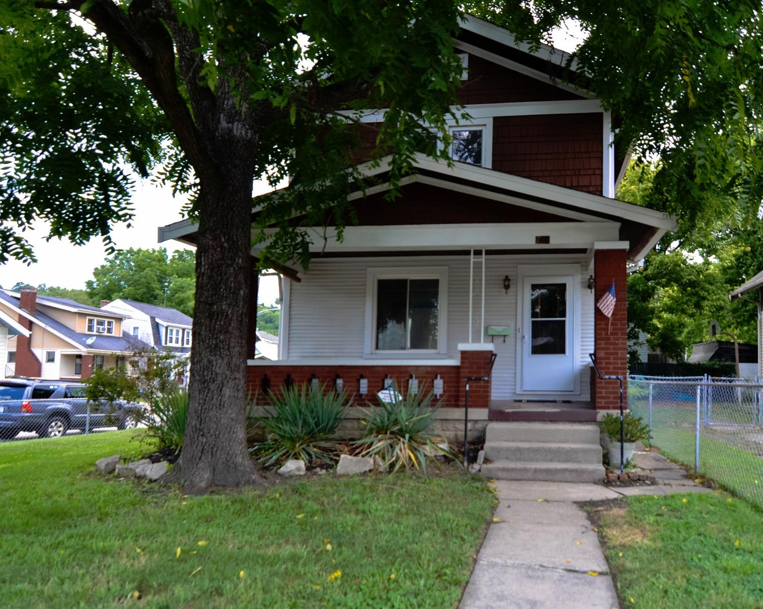 real estate photo 1 for 708 W Southern Ave Latonia, KY 41015