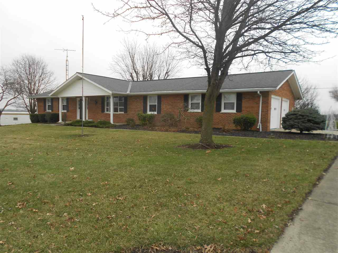 real estate photo 1 for 209 York Rd Walton, KY 41094