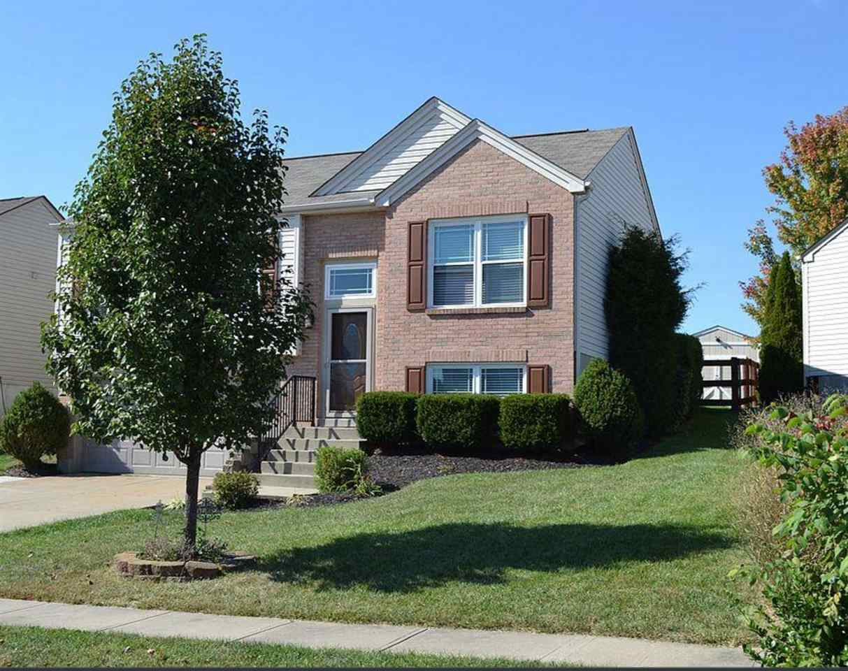 Photo 1 for 2290 Antoinette Way Union, KY 41091