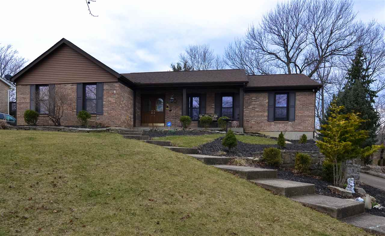 Photo 1 for 738 Oakridge Dr Union, KY 41091