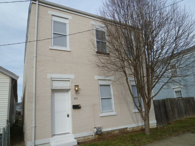 Photo 1 for 911 4th Ave Dayton, KY 41074
