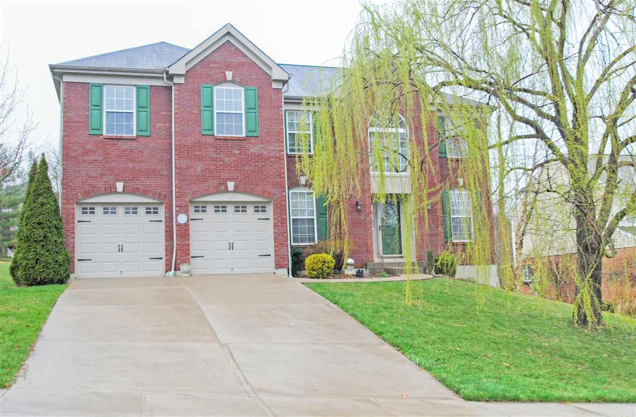 real estate photo 1 for 1239 Thistledown Ct Hebron, KY 41048