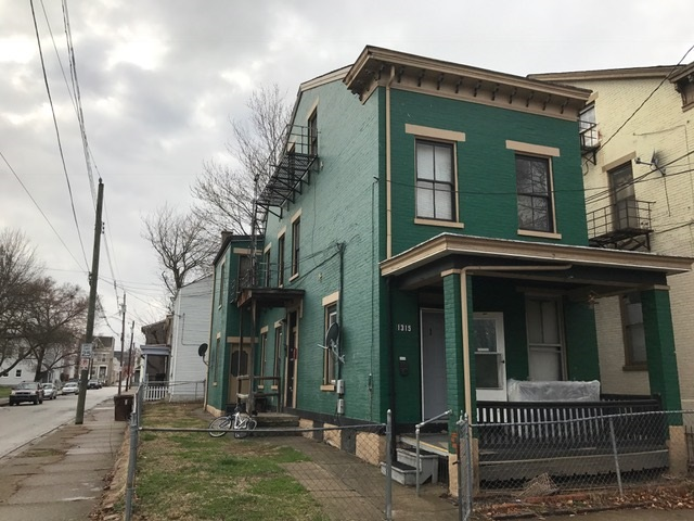 real estate photo 1 for 1315 Greenup St Covington, KY 41011