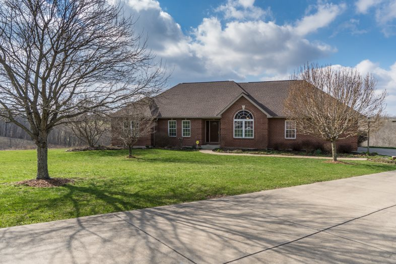 Photo 1 for 195 Choctaw Dr Dry Ridge, KY 41035