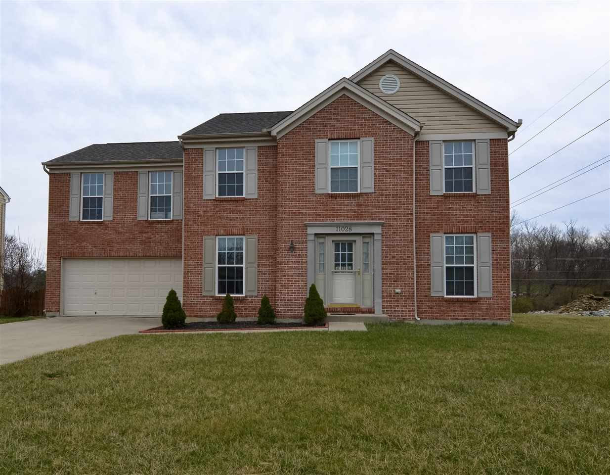 real estate photo 1 for 11028 Union Bluffs Dr Union, KY 41091