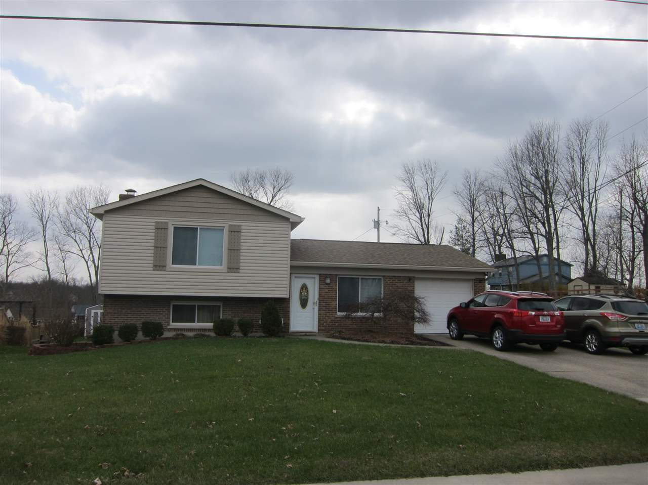 real estate photo 1 for 33 Sherwood Dr Independence, KY 41051