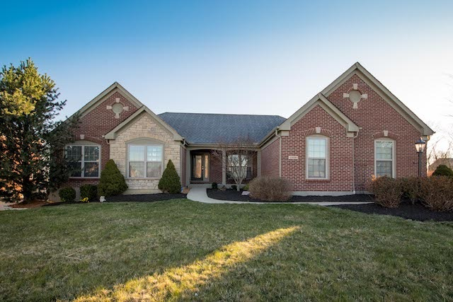 real estate photo 1 for 2328 Summerwoods Hebron, KY 41048