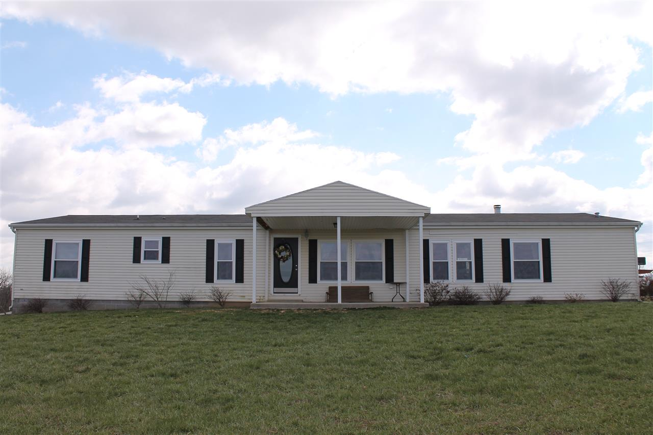 real estate photo 1 for 33 Fox Hunter Dry Ridge, KY 41035