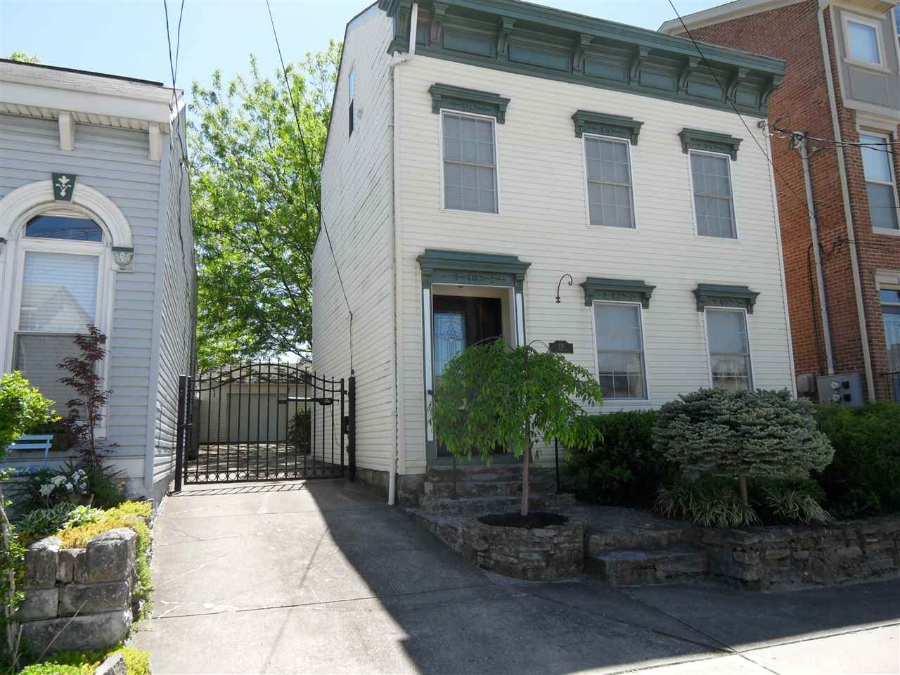 Photo 1 for 218 E 4th St Newport, KY 41071