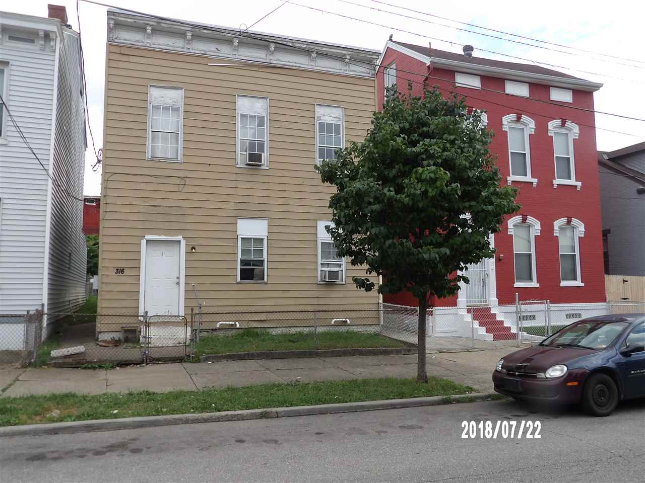 Photo 1 for 316 W 10th Newport, KY 41071