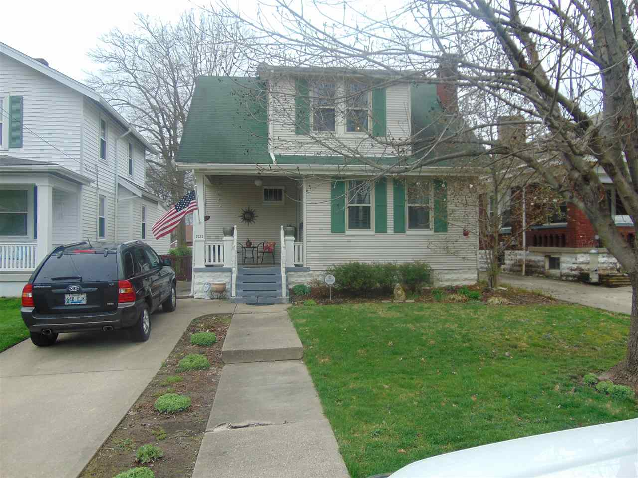 real estate photo 1 for 2723 Iowa Covington, KY 41015
