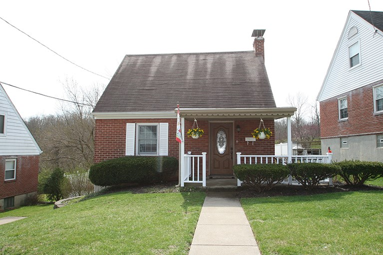 Photo 1 for 34 Pine Hill Dr Crestview, KY 41076
