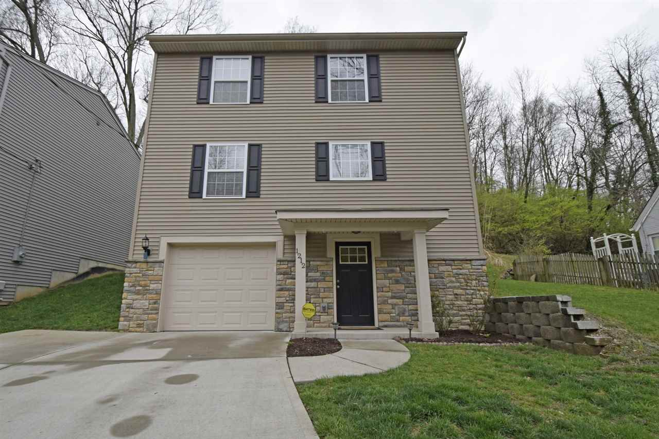 Photo 1 for 1212 E Henry Clay Ave Fort Wright, KY 41011