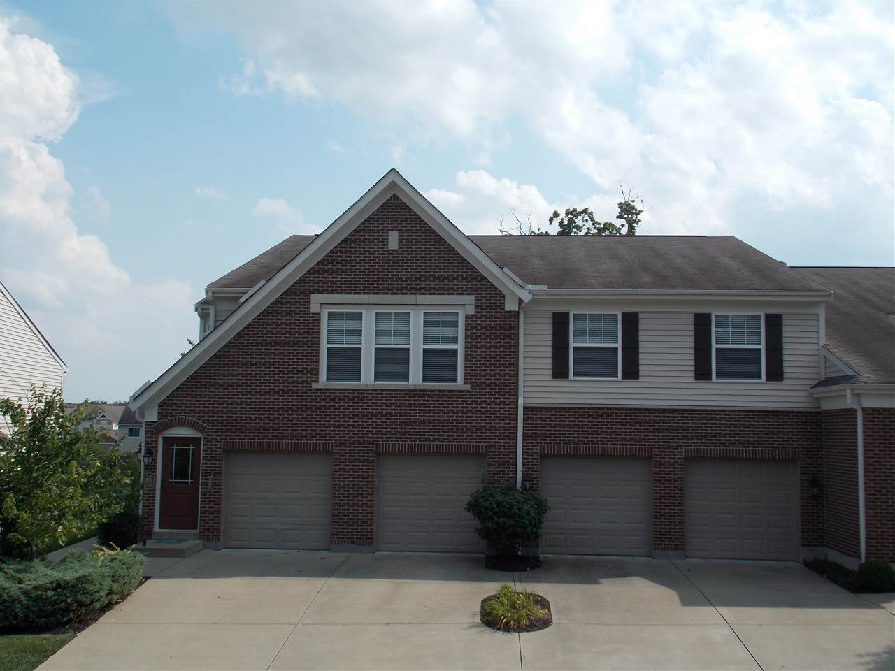 real estate photo 1 for 2037 Timberwyck Ln Burlington, KY 41005