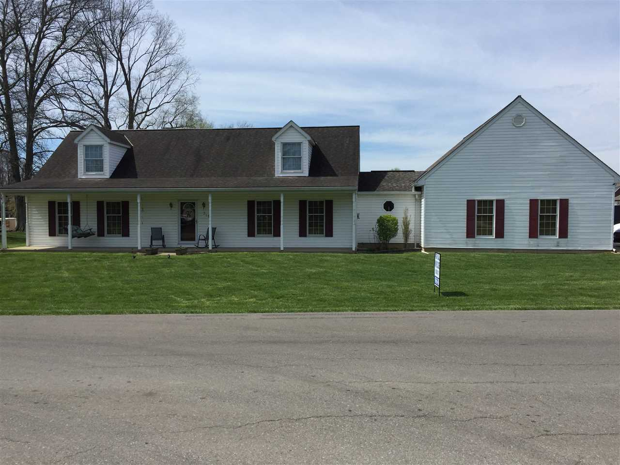 real estate photo 1 for 318 CENTER STREET Warsaw, KY 41095
