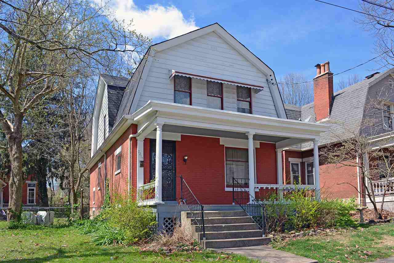 real estate photo 1 for 2215 Sterrett Ave Covington, KY 41014