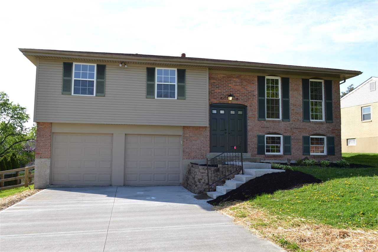 Photo 1 for 2829 University Dr Crestview Hills, KY 41017