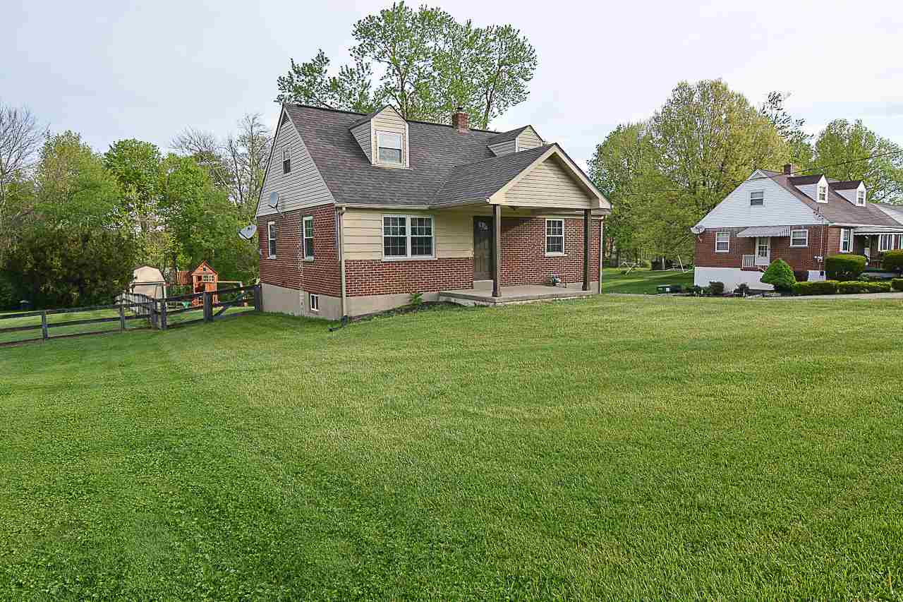 real estate photo 1 for 2833 Coral Dr Hebron, KY 41048