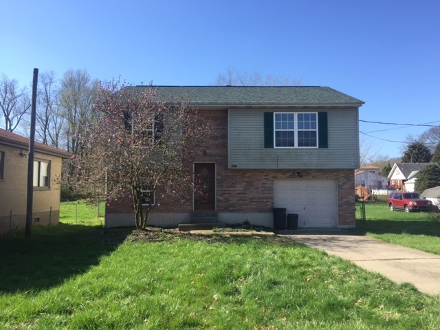 real estate photo 1 for 110 W 3rd St Silver Grove, KY 41085
