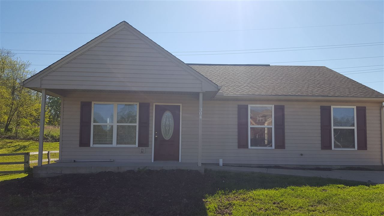 Photo 1 for 304 Brentwood Dr Dry Ridge, KY 41035