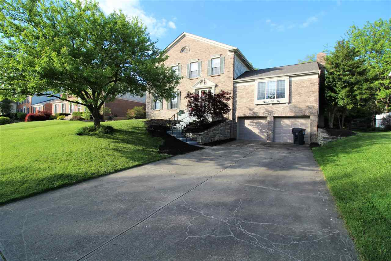 real estate photo 1 for 2236 Forest Lawn Florence, KY 41042