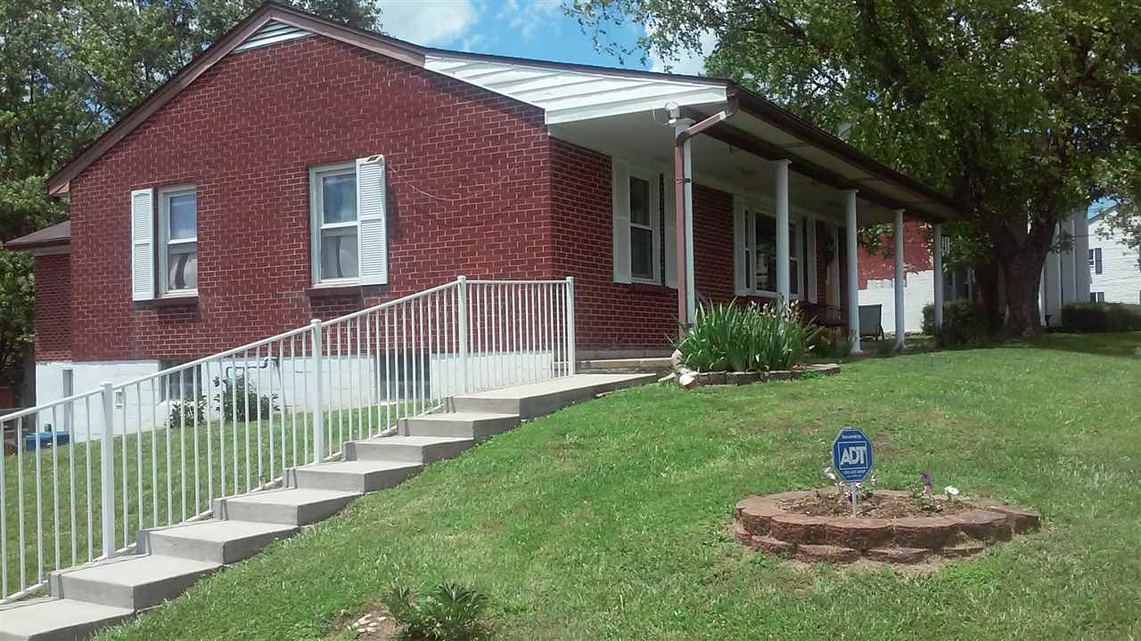 real estate photo 1 for 315 Cynthiana St Williamstown, KY 41097
