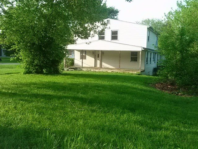 Photo 1 for 301 E 1st St Silver Grove, KY 41085