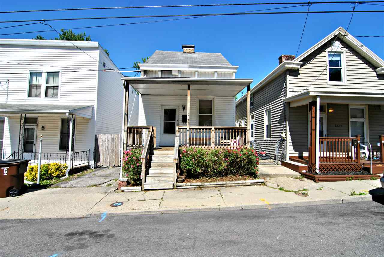 real estate photo 1 for 2222 Busse St Covington, KY 41014