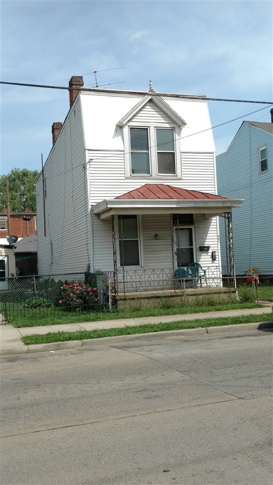 Photo 1 for 355 W 12TH St Newport, KY 41071