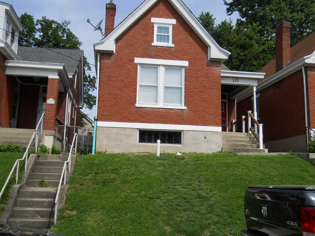 Photo 1 for 125 16th St Newport, KY 41071