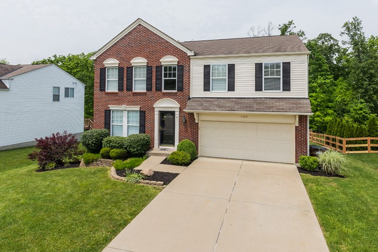 real estate photo 1 for 1108 Summerlake Dr Alexandria, KY 41001