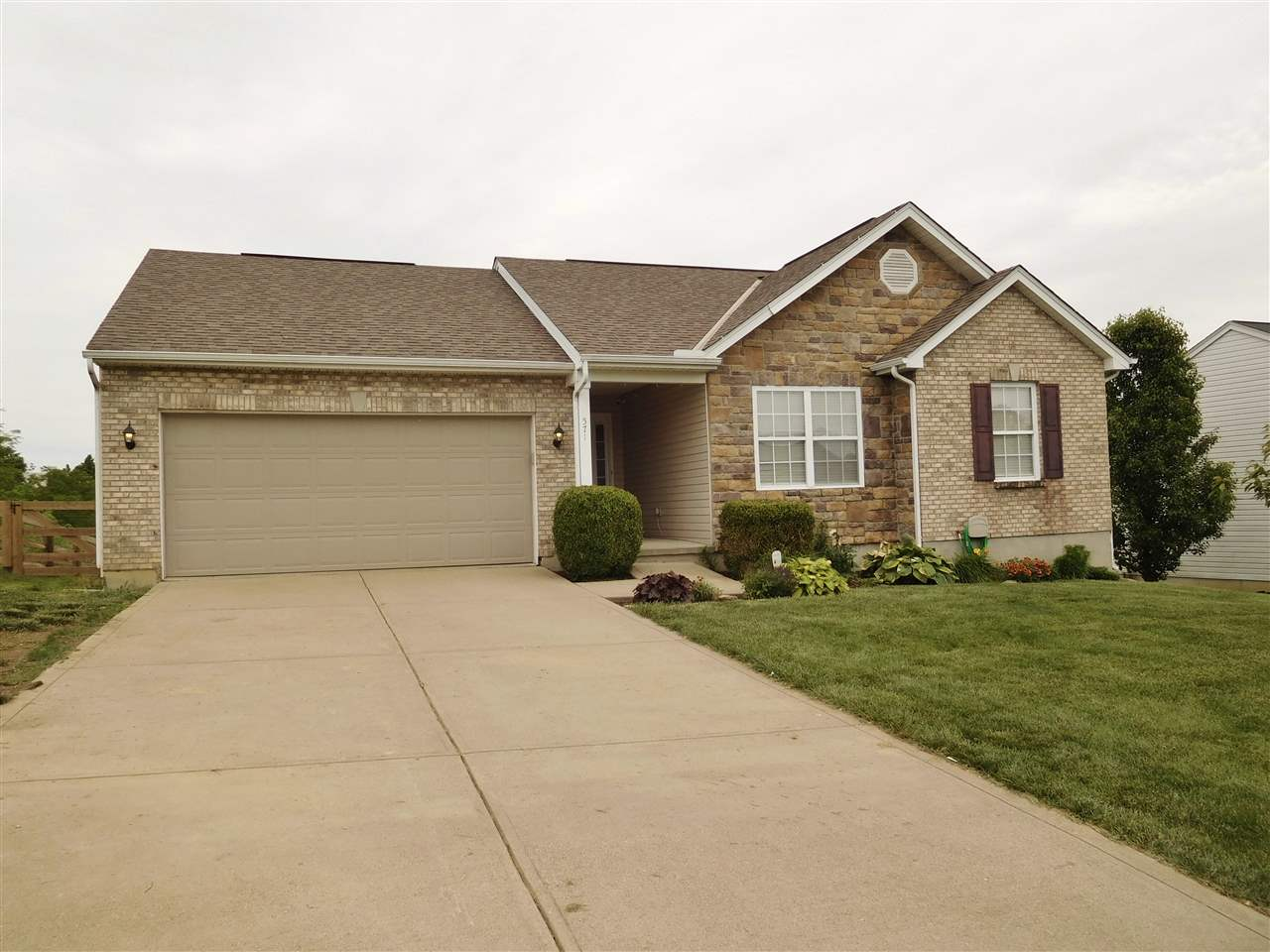 Photo 1 for 571 Rosebud Cir Walton, KY 41094