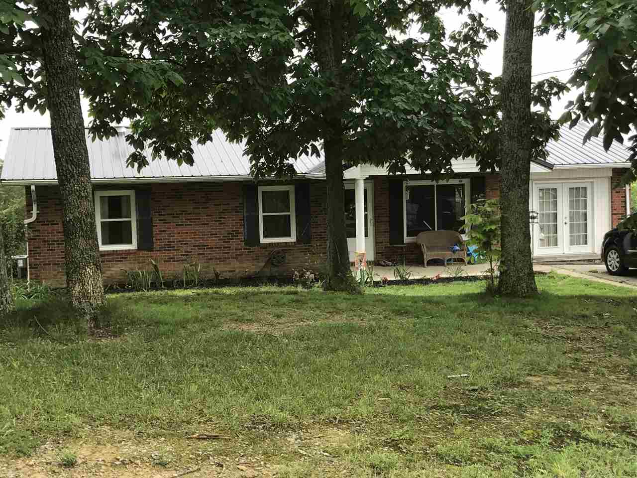 real estate photo 1 for 230 Hammond Ln Corinth, KY 41010