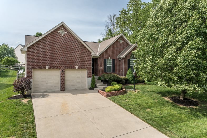 Photo 1 for 1100 Donner Dr Florence, KY 41042