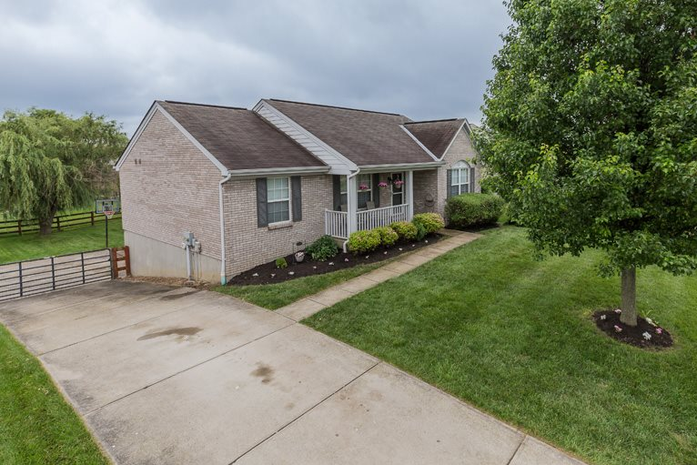 real estate photo 1 for 7646 Cloudstone Dr Florence, KY 41042