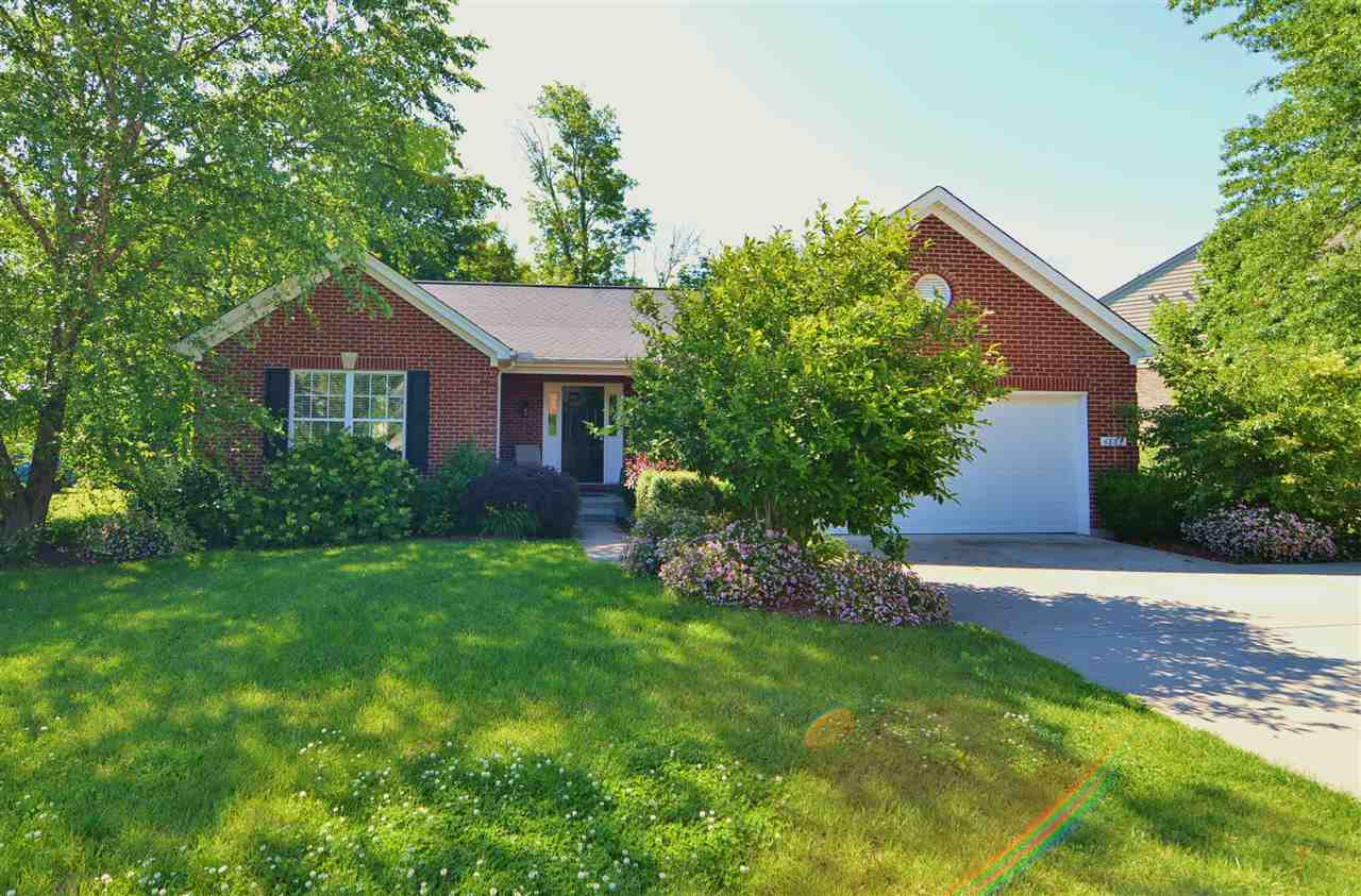 real estate photo 1 for 4863 Dartmouth Dr Burlington, KY 41005