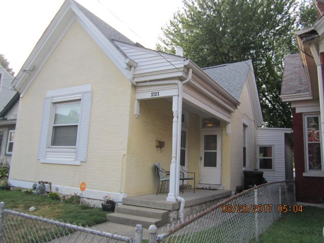 real estate photo 1 for 221 5th St Dayton, KY 41074